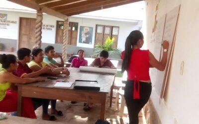 JÓVENES DE LA CHIQUITANÍA PARTICIPAN DE TALLERES SOBRE DEMOCRACIA Y PARTICIPACIÓN CIUDADANA